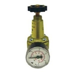 Valvula Reductora 200 Lts.1/4H-Regulable 0,2 A 3,5 Kg/Cm2